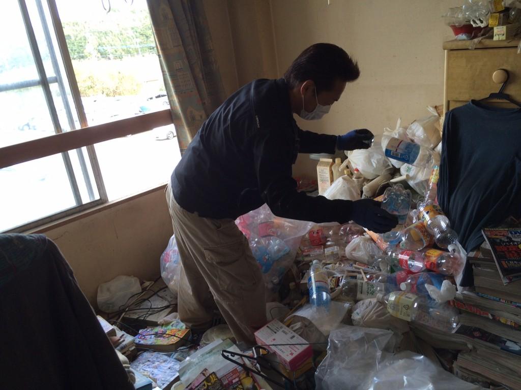 実家の片付け、ごみ屋敷、空き家片付け、ごみ屋敷、不用品回収、タンス回収、粗大ごみ回収