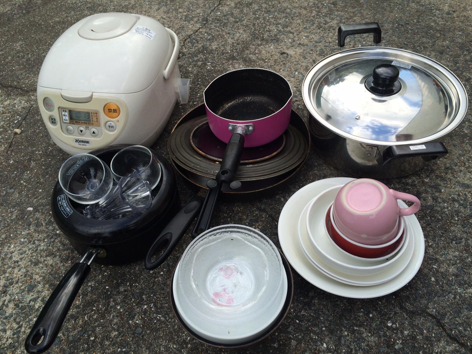 衣類回収熊本、食器回収熊本、ベッド回収熊本、引越しゴミ回収熊本、積み放題、粗大ごみ回収熊本