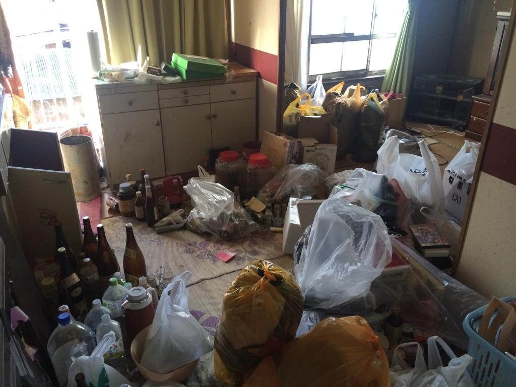 ゴミ回収、ゴミ屋敷、部屋の片付け、ゴミの分別