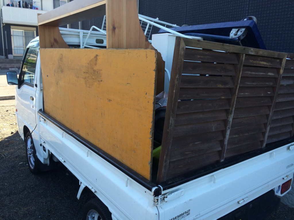 熊本不用品回収、熊本実家片付け、八代部屋の片付け、熊本部屋片付け、不用品回収
