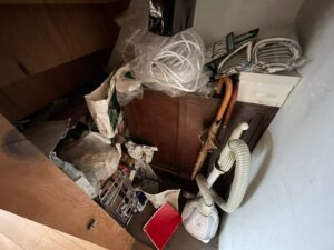 熊本市片付け、遺品整理、生前整理、倉庫片付け、押し入れ片付け、衣類、布団、タンス、ベット、家電、リサイクル買取